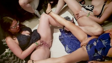 Modelhub kezia-slater 6 GIRLS SQUIRTING IN PUBLIC BATHROOM  WEB-DL 1080p 4k Siterip Clip Siterip