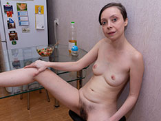 Trixie Trixie strips naked after some kitchen work Siterip INFO
