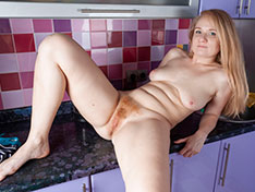 Sweetmaiden Sweetmaiden poses naked in her kitchen Siterip INFO