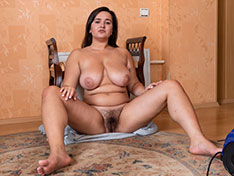 Ramira Ramira gets naked after her cleaning work Siterip INFO
